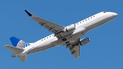 A picture of N603UX - Embraer E175LL - United Airlines - © Yixin Chen