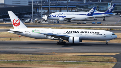 JA707J - Boeing 777-246(ER) - Japan Airlines (JAL)