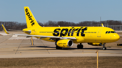 A picture of N621NK - Airbus A320232 - Spirit Airlines - © Alex Crail
