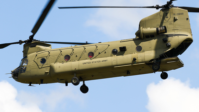 16-08199 - Boeing CH-47F Chinook - United States - US Army