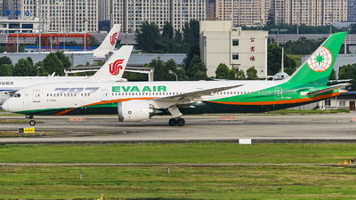 A picture of B17883 - Boeing 7879 Dreamliner - EVA Air - © Jhonson541
