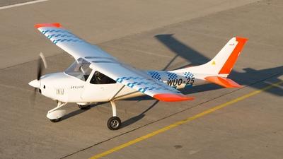 OK-WUO-25 - AirLony Skylane - Private