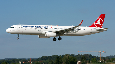 A picture of TCJSN - Airbus A321231 - Turkish Airlines - © GeDo Photography