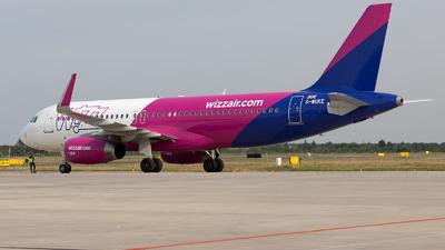 A picture of GWUKE - Airbus A320232 - Wizz Air - © PM