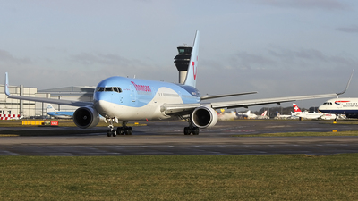 G-OBYE - Boeing 767-304(ER) - Thomson Airways
