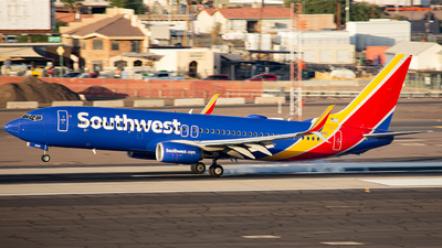 A picture of N8689C - Boeing 7378H4 - Southwest Airlines - © Alexander Owen