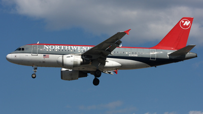 N340NB - Airbus A319-114 - Northwest Airlines