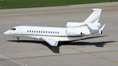 A picture of HBJUC - Dassault Falcon 7X - CAT Aviation - © Christoph Plank