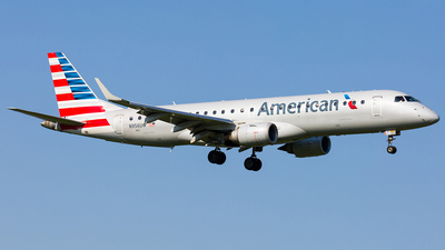 N956UW - Embraer 190-100IGW - American Airlines