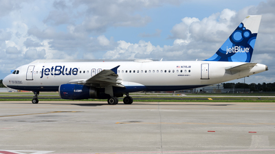 N715JB - Airbus A320-232 - jetBlue Airways
