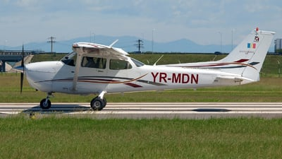YR-MDN - Cessna 172S Skyhawk SP - Romanian Aviation Academy