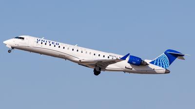 A picture of N547GJ - Mitsubishi CRJ550 - United Airlines - © Martin Pinnau