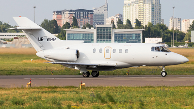UR-WRR - Raytheon Hawker 800XP - Private