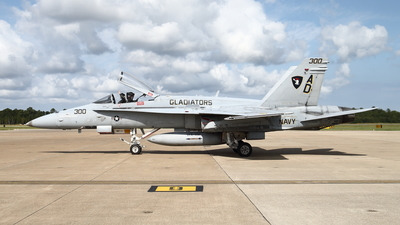 163506 - McDonnell Douglas F/A-18C Hornet - United States - US Navy (USN)