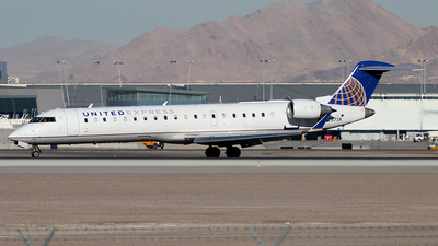N767SK - Bombardier CRJ-701 - United Express (SkyWest Airlines)