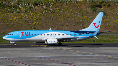 G-TAWN - Boeing 737-8K5 - Thomson Airways
