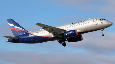 A picture of RA89124 - Sukhoi Superjet 10095B - Aeroflot - © BizavMen
