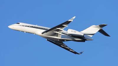 VH-LBU - Bombardier BD-700-1A10 Global Express - Private