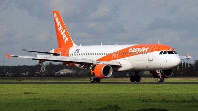 A picture of OEICK - Airbus A320214 - easyJet - © Darius Swoboda