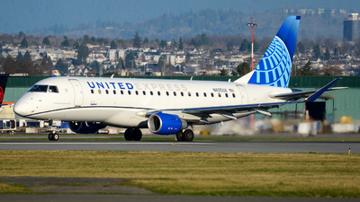 A picture of N605UX - Embraer E175LL - United Airlines - © Chung Kwok