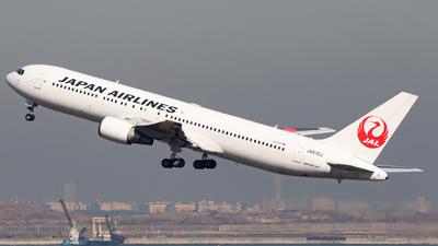 JA610J - Boeing 767-346(ER) - Japan Airlines (JAL)