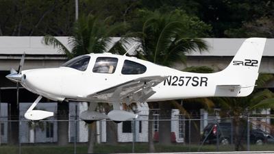 N257SR - Cirrus SR22 G2 GTS - Private