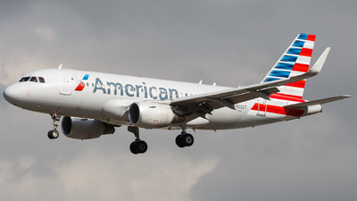N4032T - Airbus A319-115 - American Airlines