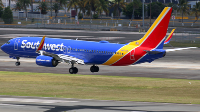 A picture of N8572X - Boeing 7378H4 - Southwest Airlines - © Giovanni Segarra Ortiz