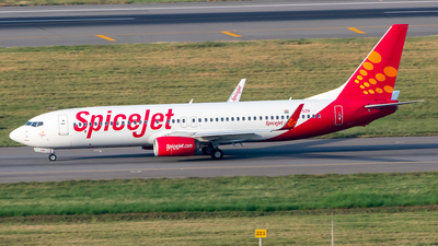 A picture of VTSZN - Boeing 7378SH - SpiceJet - © Sandeep Pilania
