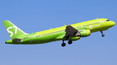 A picture of VPBCS - Airbus A320214 - S7 Airlines - © Vitaly Revyakin