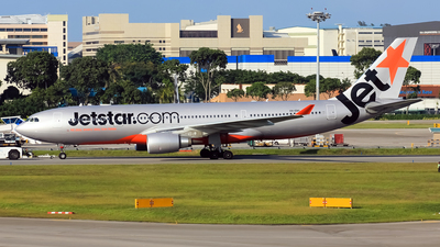 VH-EBS - Airbus A330-202 - Jetstar Airways