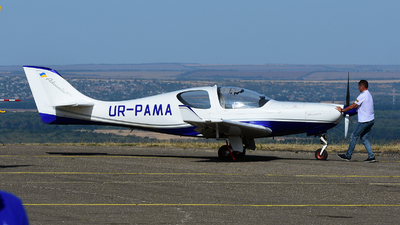 UR-PAMA - AeroSpool Advantic WT10 - Private