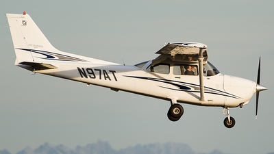 A picture of N97AT - Cessna 172S Skyhawk SP - [172S9853] - © SpotterPowwwiii
