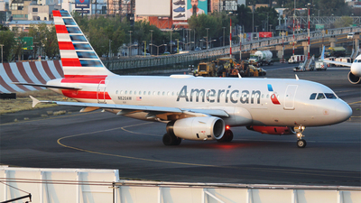 A picture of N820AW - Airbus A319132 - American Airlines - © Alejandro Aceves
