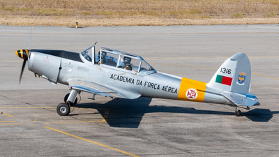 1316 - De Havilland Canada DHC-1 Chipmunk - Portugal - Air Force