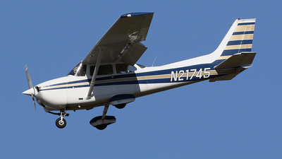 N21745 - Cessna 172M Skyhawk - Private