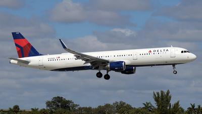 N328DN - Airbus A321-211 - Delta Air Lines