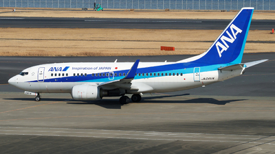 A picture of JA04AN - Boeing 737781 - All Nippon Airways - © tomobile