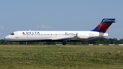 A picture of N991AT - Boeing 71723S - Delta Air Lines - © DJ Reed - OPShots Photo Team