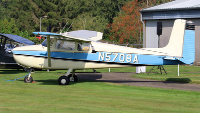A picture of N5708A - Cessna 172 Skyhawk - [28308] - © Jeroen Stroes