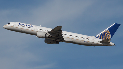 N543UA - Boeing 757-222 - United Airlines
