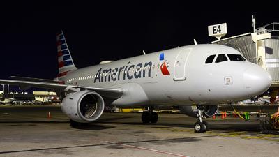 N770UW - Airbus A319-112 - American Airlines