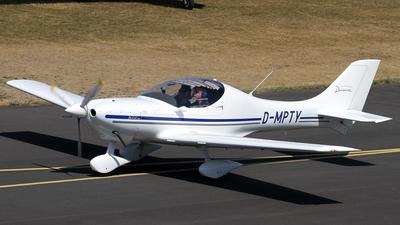 A picture of DMPTY - Aerospool WT9 Dynamic - [] - © Daniel Schwinn