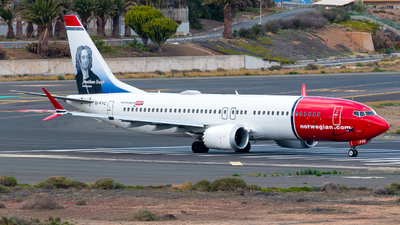 EI-FYC - Boeing 737-8 MAX - Norwegian