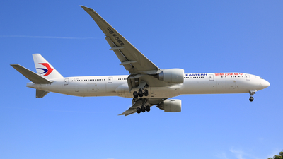 B-7347 - Boeing 777-39PER - China Eastern Airlines
