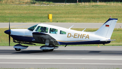 D-EHFA - Piper PA-28-181 Cherokee Archer II - Private