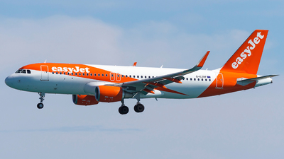 G-EZRF - Airbus A320-214 - easyJet