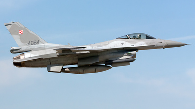 4064 - Lockheed Martin F-16C Fighting Falcon - Poland - Air Force