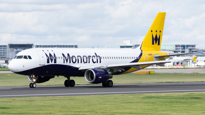 G-ZBAT - Airbus A320-214 - Monarch Airlines