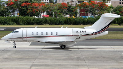 A picture of N793QS - Bombardier Challenger 350 - NetJets - © Raul Sepulveda Merced